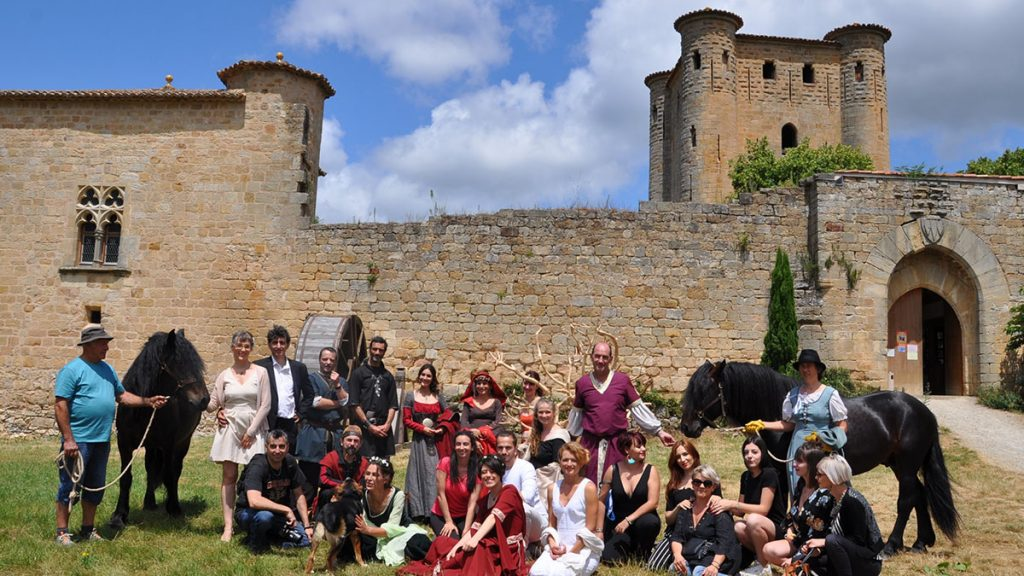 loveloveday-organise-son-premier-shooting-inspiration-theme-medieval-chateau0